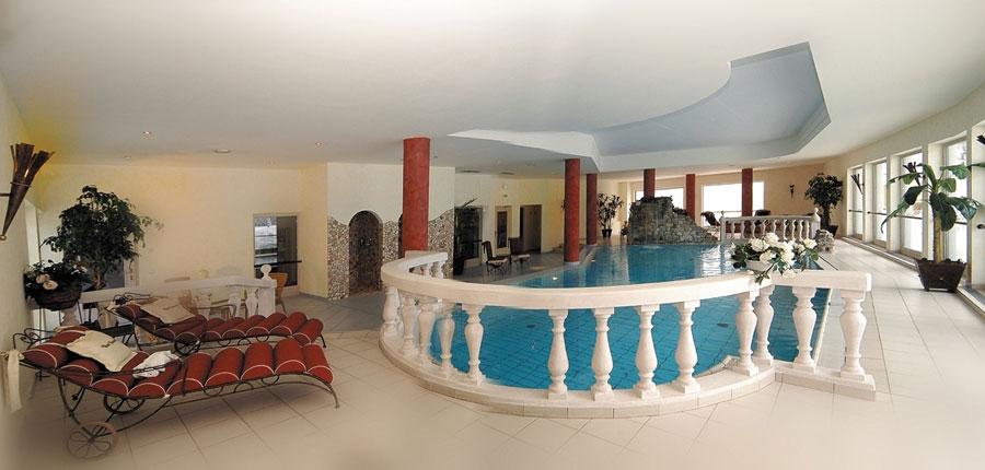 Austria_Filzmoos_Hotel-Unterhof_indoor-pool.jpg